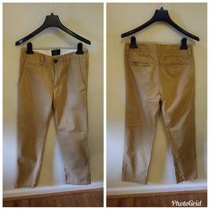 EUC Mens khaki pants 28/32 American Eagle